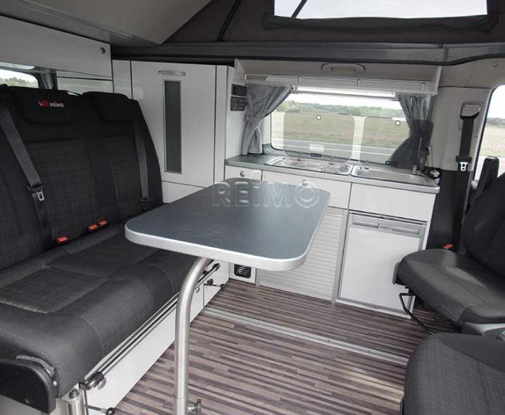 Multifunktionstischanlage für Mercedes Vito lang mit silberner Kante