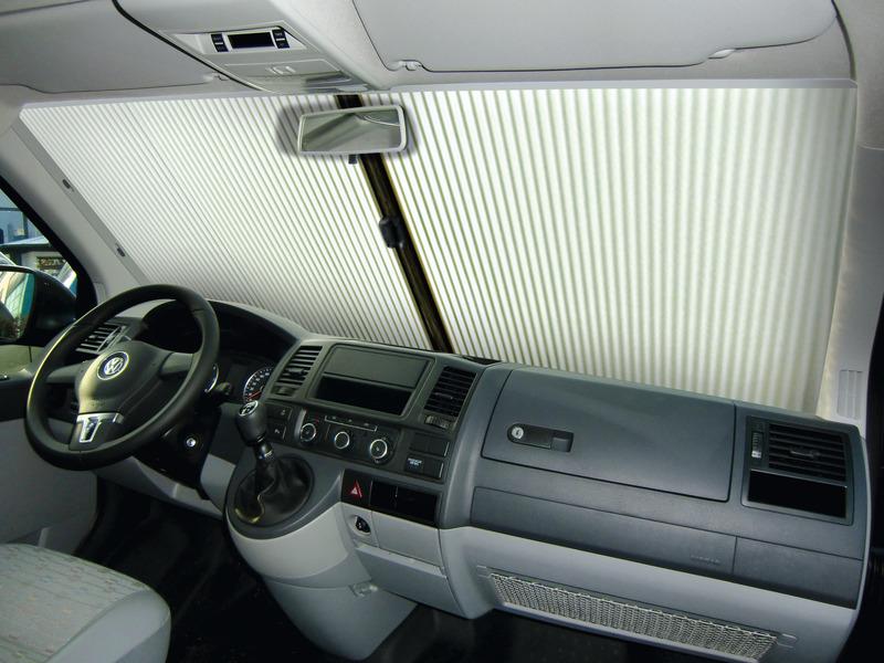 VW-T5 voorruitrolgordijn IV uit jaar 2010 grijs