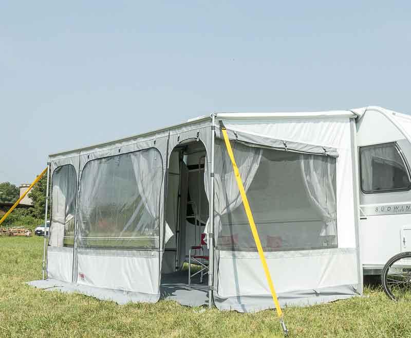 Caravanstore ZIP XL 500: n etu- ja sivuseinät