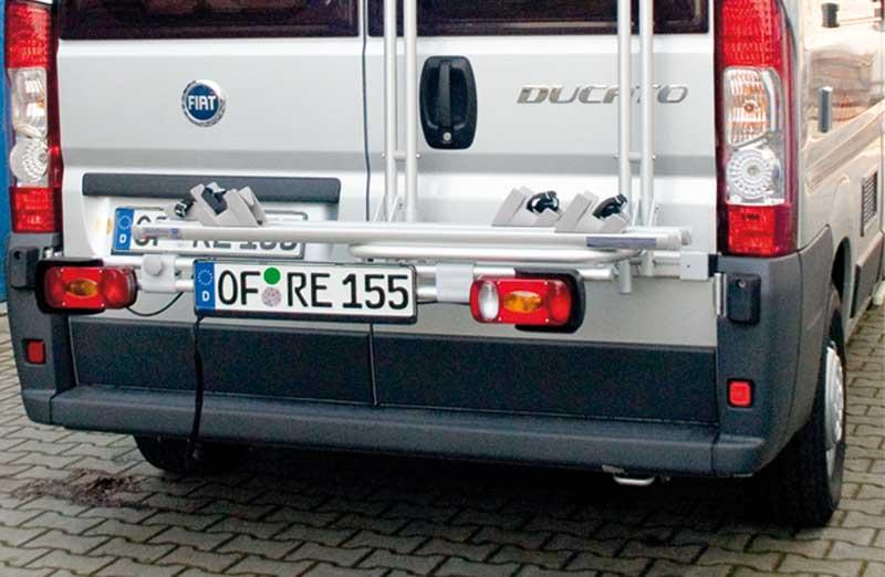 Lighting strip with supplementary vehicle number