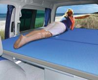 VW Caddy Maxi eftermonteret sengesystem 200 x 133 cm med skummadras + betræk