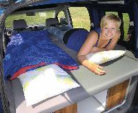 VW Caddy lang model Active lamelbundsseng, udtrlækkelig, med polstring og betræk