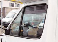 Fahrerhaus Lüftungsgitter: Be- und Entlüftung für Fahrerhaustüren