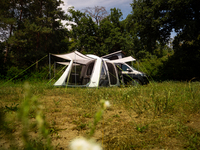 <p>Inflatable porch tent Tour Breeze Air S</p>