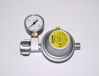 Gasregler 8 mm mit Manometer, Gasflasche