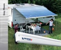 Prostor 550 side wall awning for the price-conscious