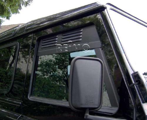 Lüftungsgitter: Be- und Entlüftung für Seitenfenster Geländewagen