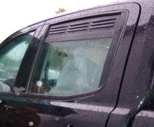 Lüftungsgitter Seitenfenster Ford Ranger ab Bj.2012