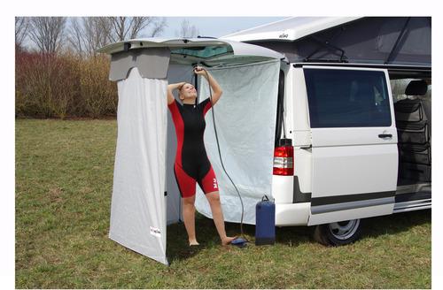 Suihkuverho takana oleville teltoille - sopii melkein kaikkiin pakettiautoihin