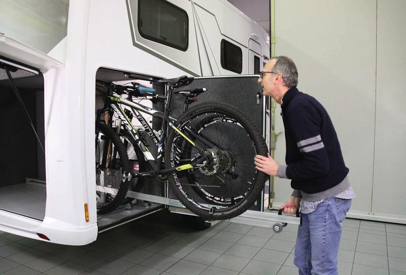 Ayuda de carga para motos / scooters para garaje trasero - Manual de instrucciones, rueda derecha