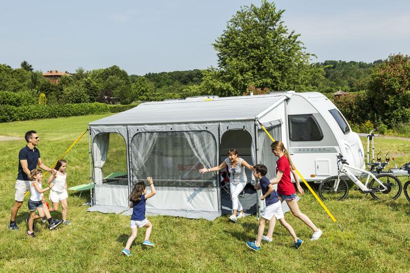 Fiamma CaravanStore ZIP XL 550 Royal Blue - Markise im Futteral mit Vorzelt