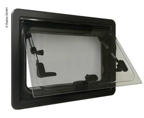 Okno otwierane CARBEST 900 x 450 mm